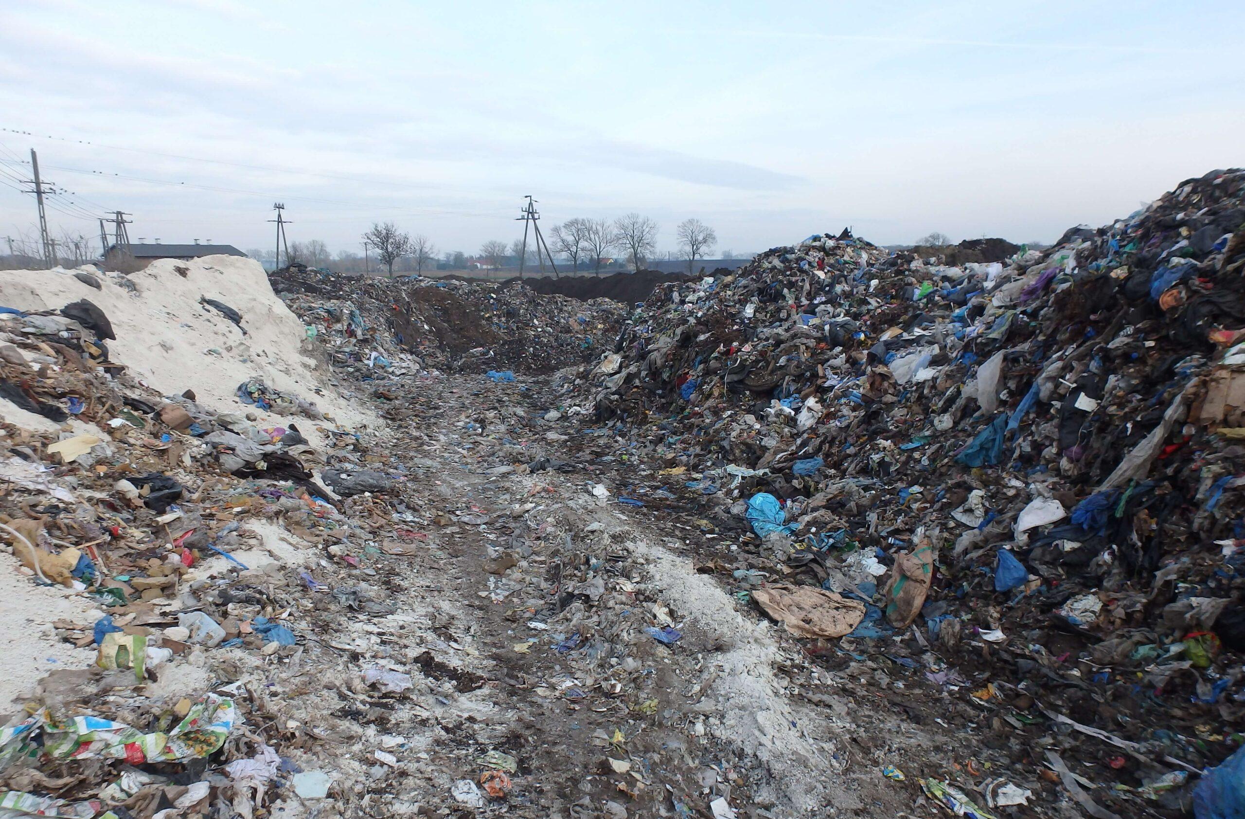 Odpady na Twojej działce – TWÓJ PROBLEM